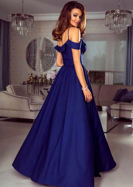 długa sukienka na ramiączkach z rozcięciem na udzie sinsay