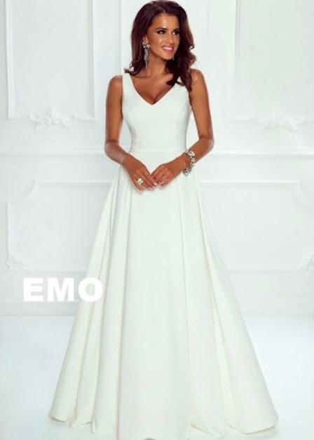 Długa klasyczna sukienka Karen na ramiączkach bez rękawa biała