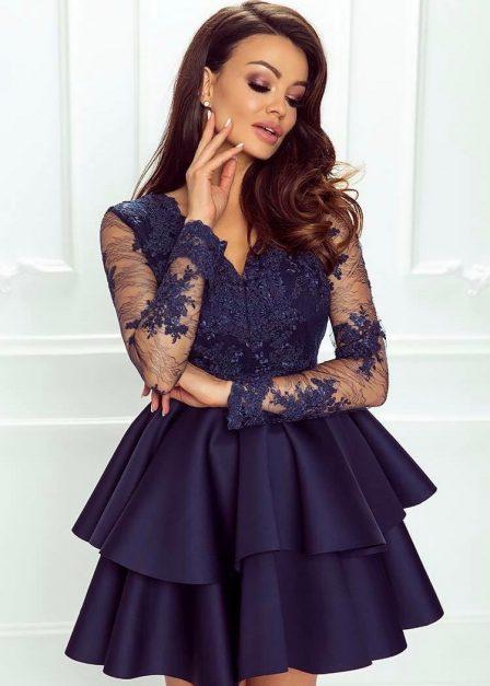 Koronkowa sukienka Emma z rękawem i falbanami krótka czarna