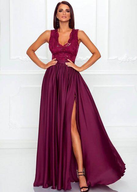 Długa sukienka z koronkową górą bez rękawów z rozkoporkiem Elena bordowa