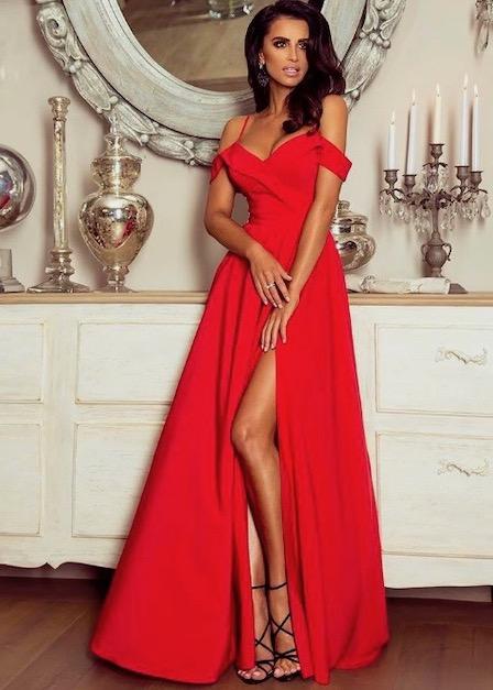 długa sukienka z rozcięciem na udzie i odkrytymi rękawami sinsay