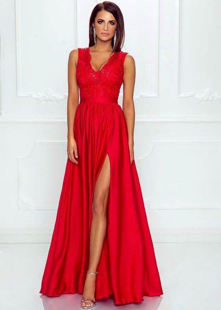 Długa sukienka z koronkową górą bez rękawów z rozkoporkiem Elena czerwiba