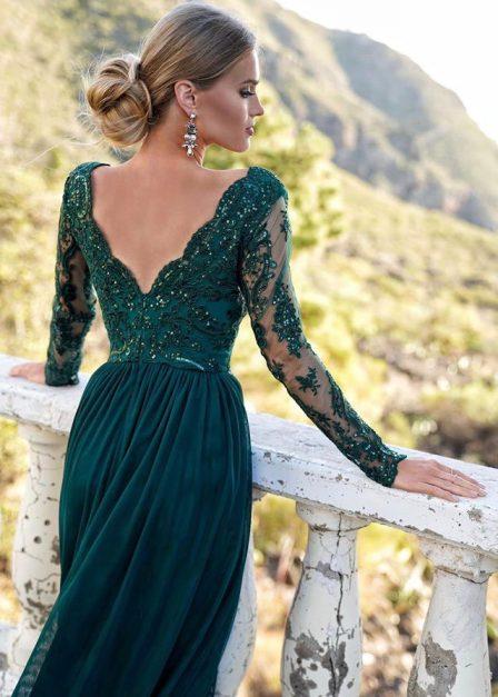 długa sukienka zielona z koronkową górą wycięcie na udzie adel tył