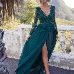 długa sukienka zielona z koronkową górą wycięcie na udzie adel