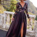 długa sukienka z rozcięciem na udzie adel z koronkową górą i rękawami adel