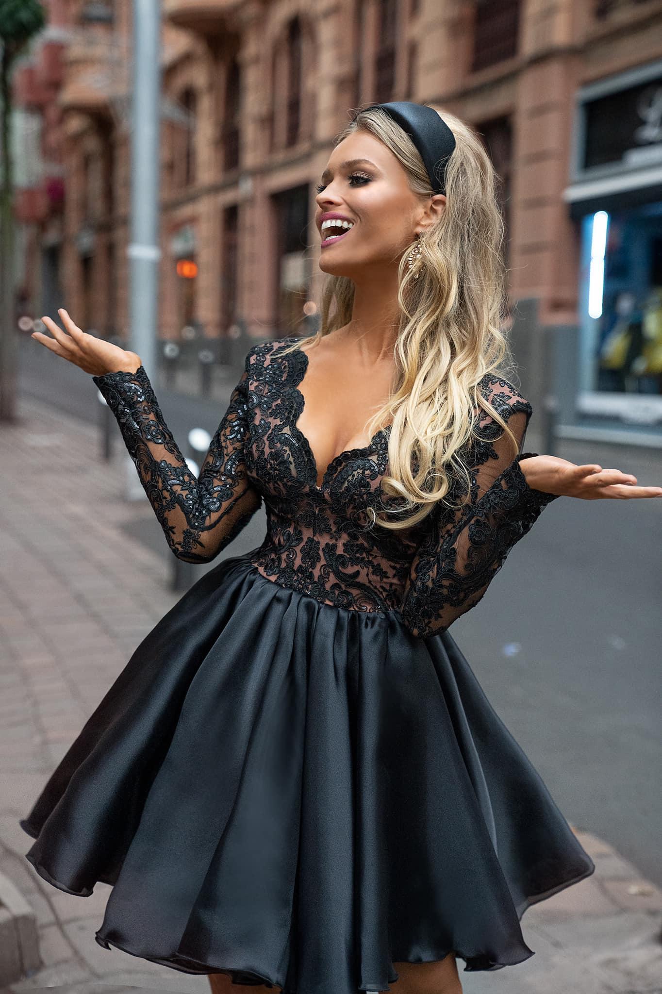 Długie sukienki na bal sylwestrowy Moda