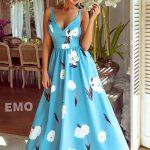 Długa sukienka Rosie błękitna na ramiączkach