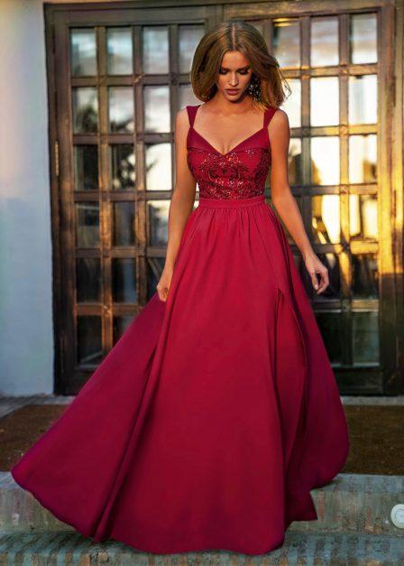 długa sukienka Salma z koronkową górą w kolorze bordo przód
